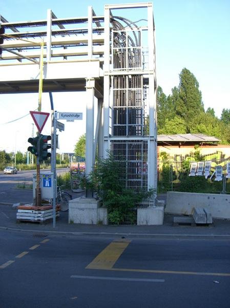 Ostkreuz kabelbruecke