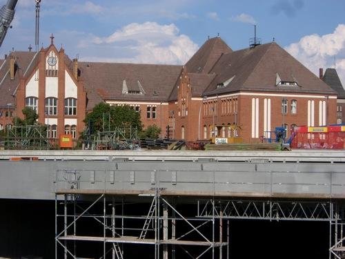 Verkürzte Bahnsteighalle Ostkreuz