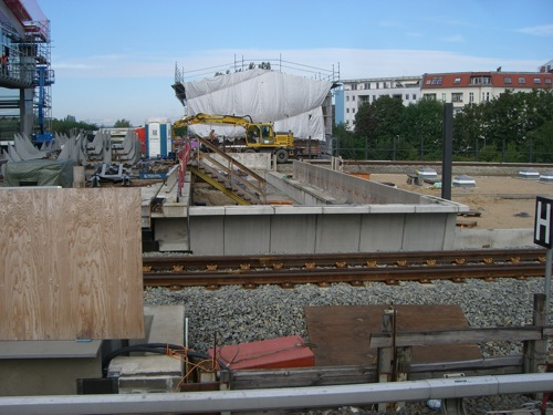 Verlängerter Ringbahnsteig F am Ostkreuz