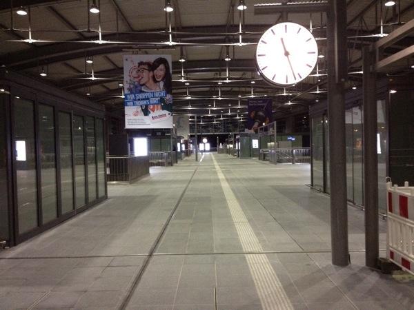Bahnsteigmitte Ringbahnhalle Ostkreuz