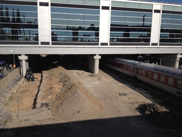 Baubeginn für den neuen Bahnsteig Rn1