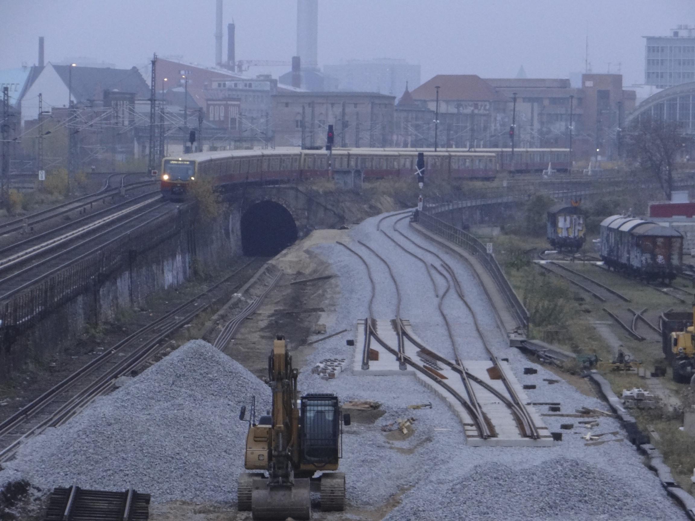 Nördliches Gleispaar Richtung City