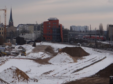 Gleistrasse zum Bahnsteig Rn1