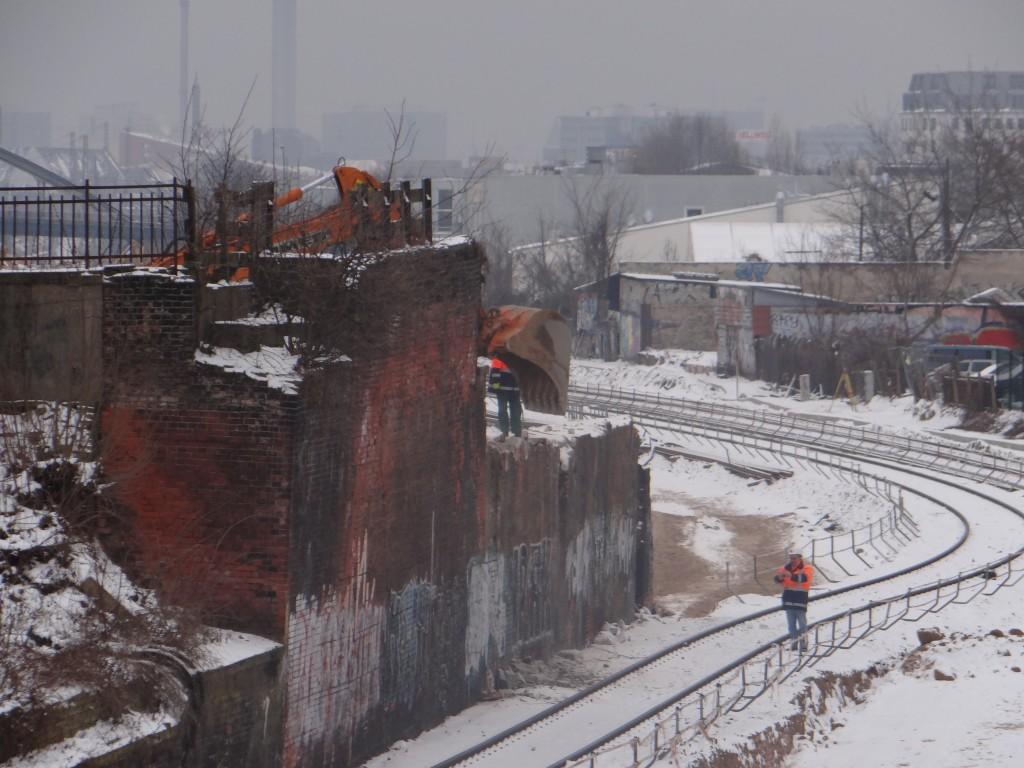 Brückenwiderlager Ring-Nordkurve