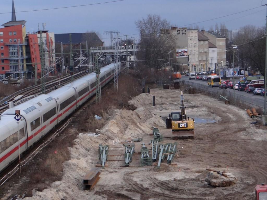 Fernbahn rückt näher an die Hauptstraße