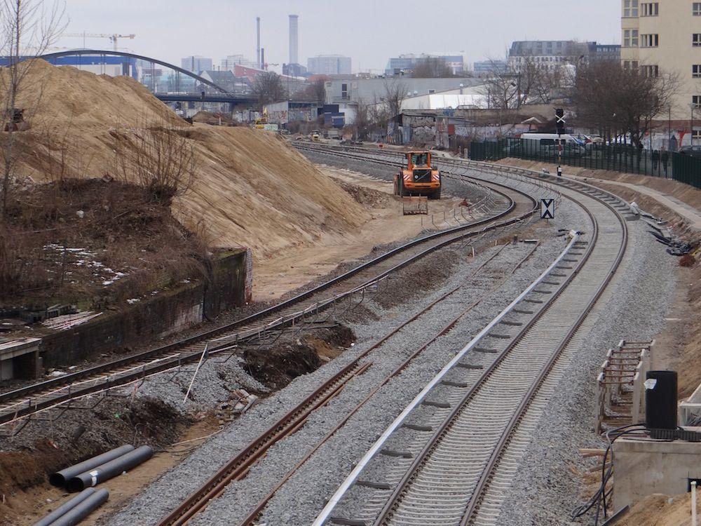Fertiges Streckengleis Richtung Warschauer Straße