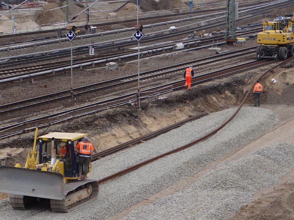 Hoch flexibel, die neuen Gleise der Fernbahntrasse