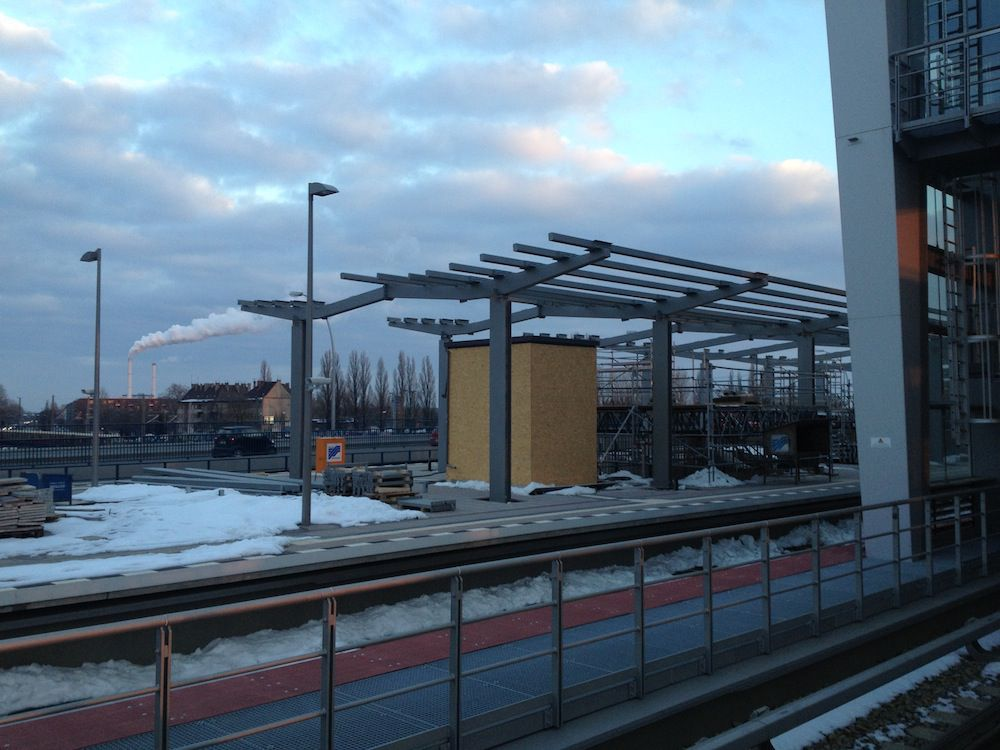 Dach Ringbahnsteig Regionalbahn Ostkreuz