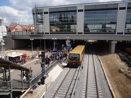 Bahnsteig Rn1 am Ostkreuz in Betrieb
