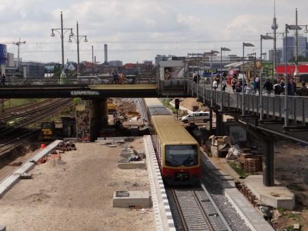 S-Bahn auf dem Weg Richtung City