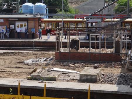 Die Aufsichten von Bahnsteig D und E