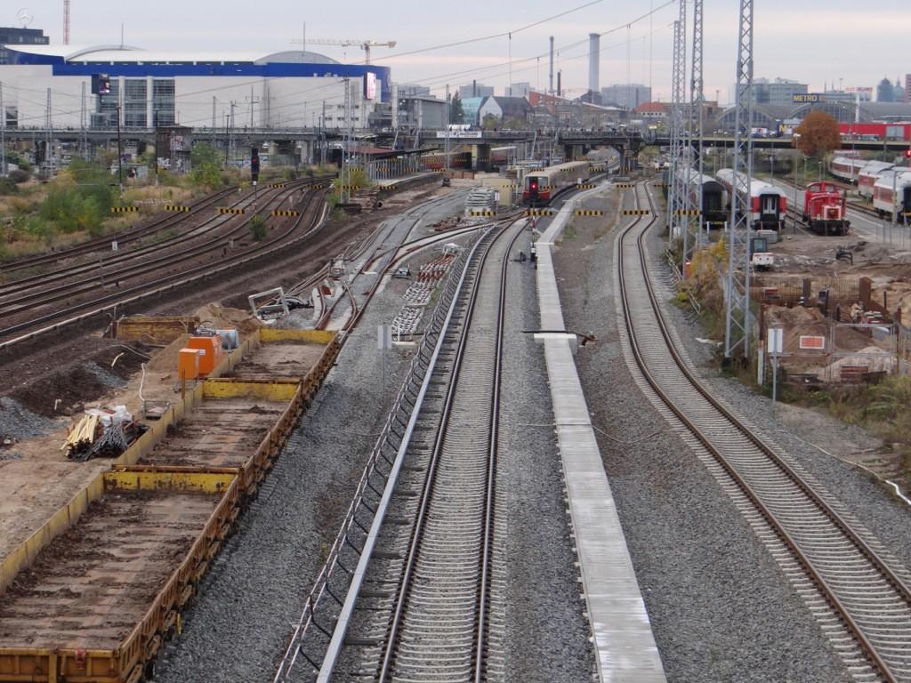 Östlich Warschauer Straße kein Baufortschritt