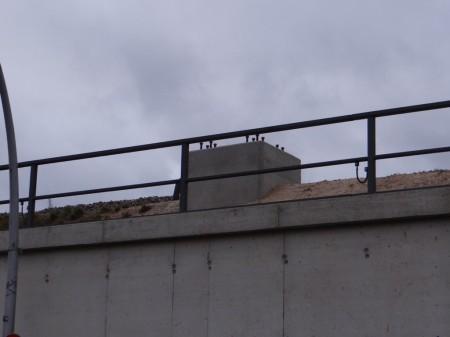 Betonfundamente für die Masten der Fernbahn am Ring