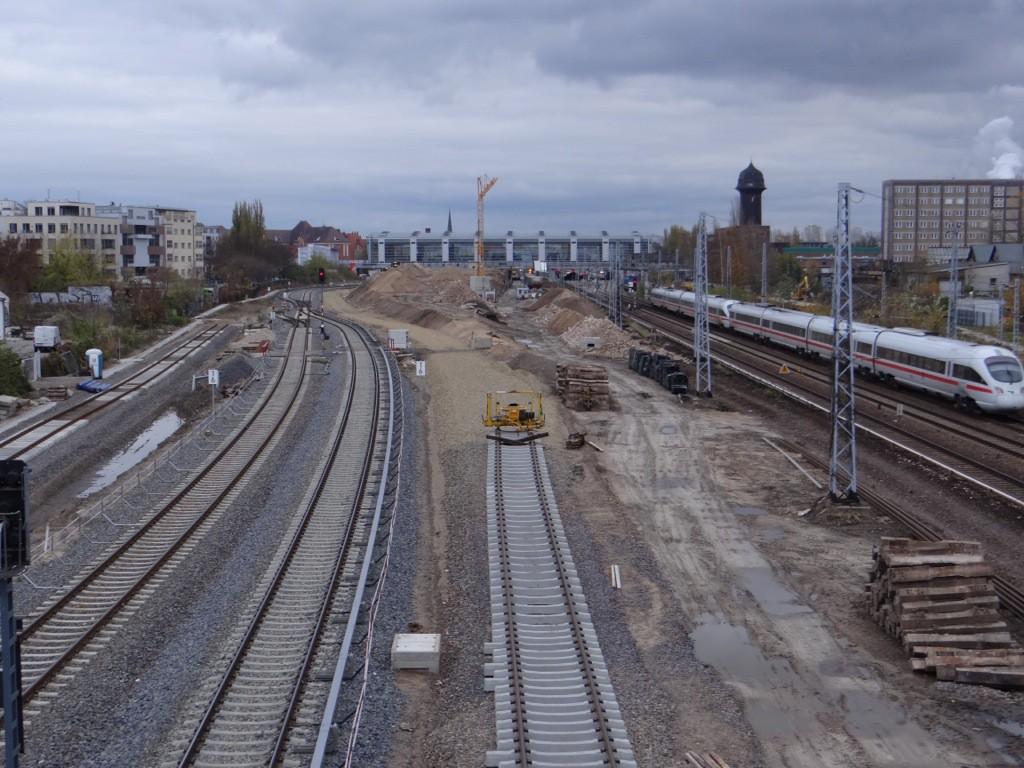 Blick auf die neue S-Bahntrasse