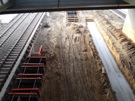 Sauberkeitsschicht für das Fundament der Bahnsteigkante