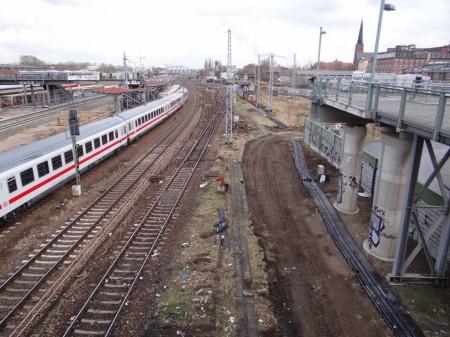 Kabelkanal an der Fernbahn
