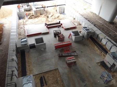 Baubeginn für die Treppenanlagen Bahnsteig D