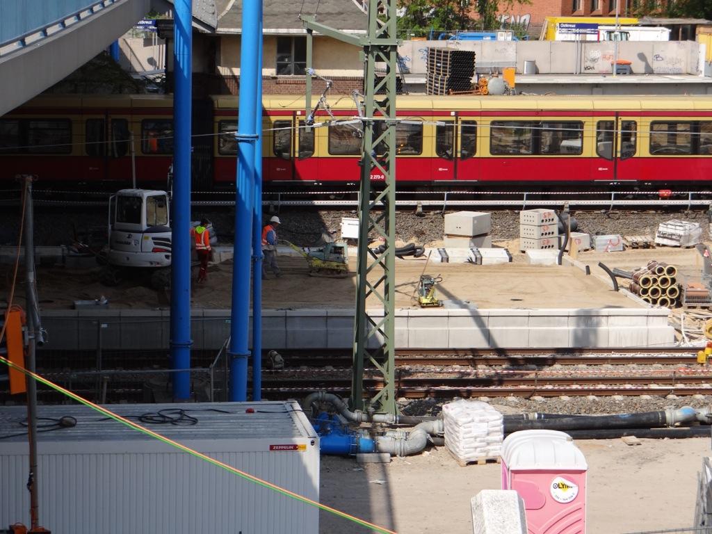 Östliches Ende Bahnsteig Ru