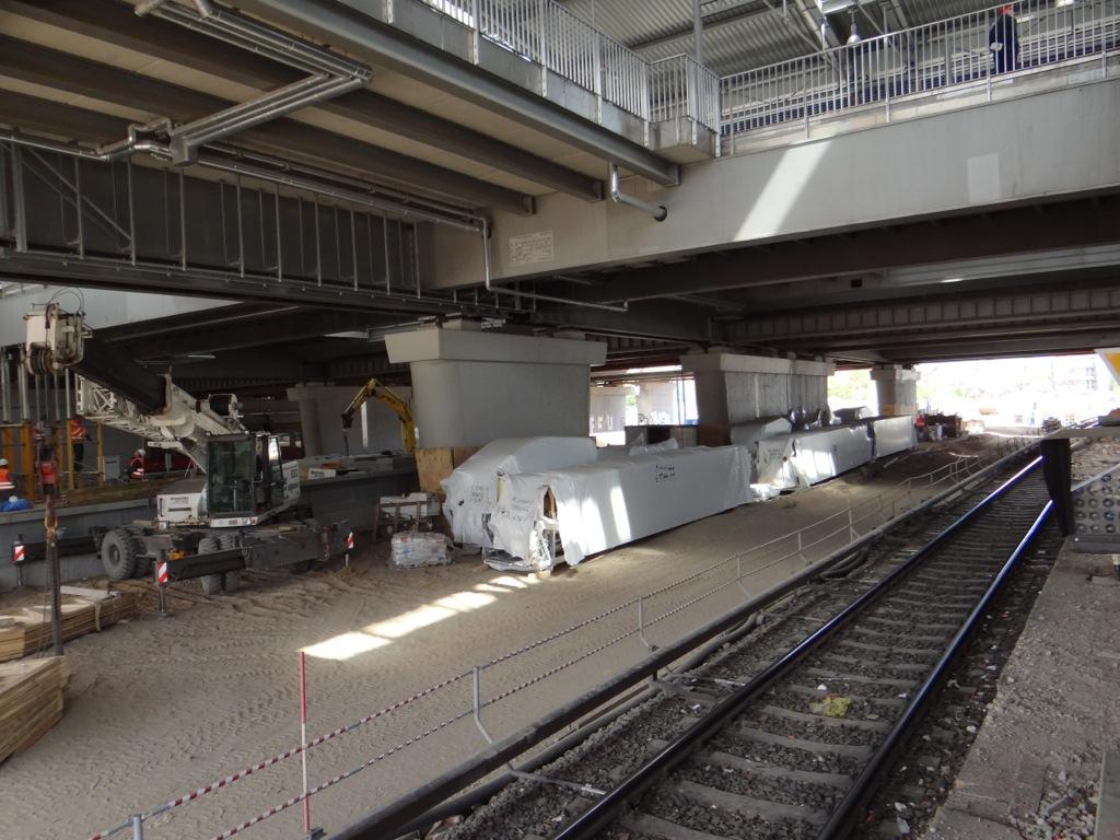 Rolltreppen bereit zum Einbau