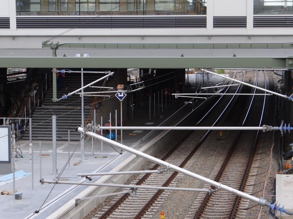 Bahnsteig Ru