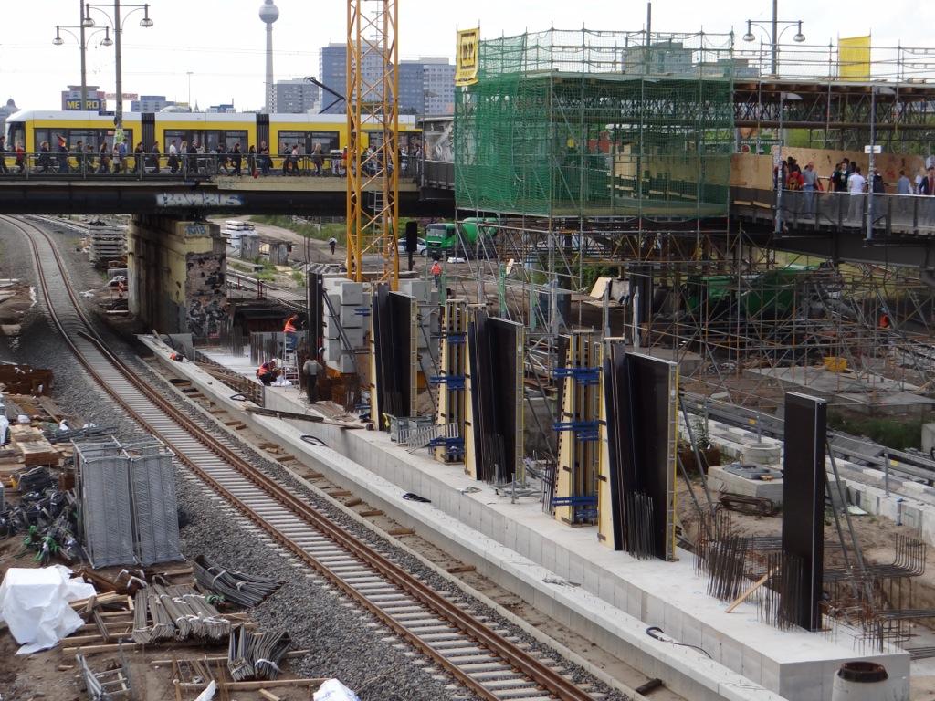 Stützpfeiler Bahnhof Warschauer Straße