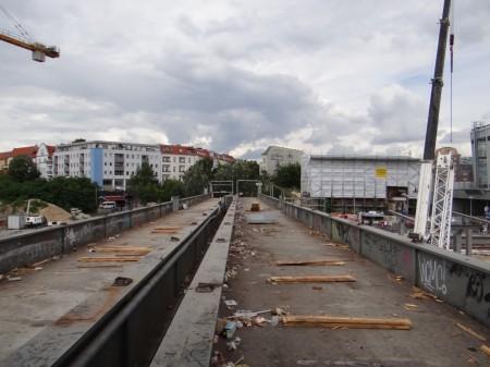 Abbau der Fußgängerbrücke