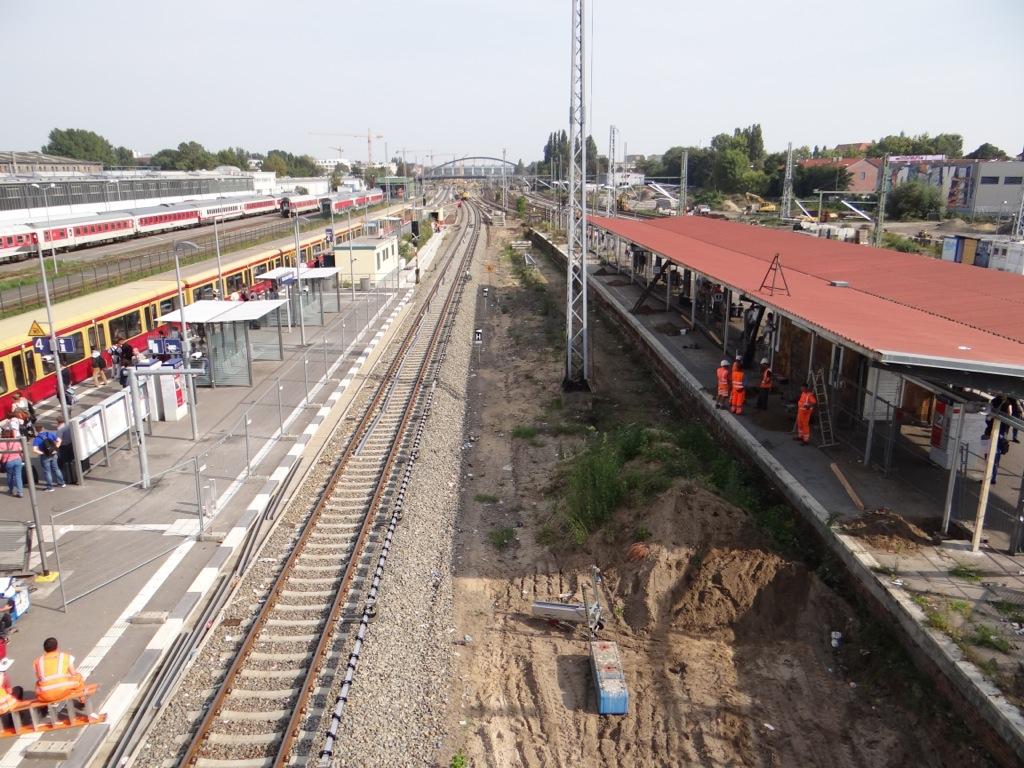Warschauer Straße Bahnsteig A und B