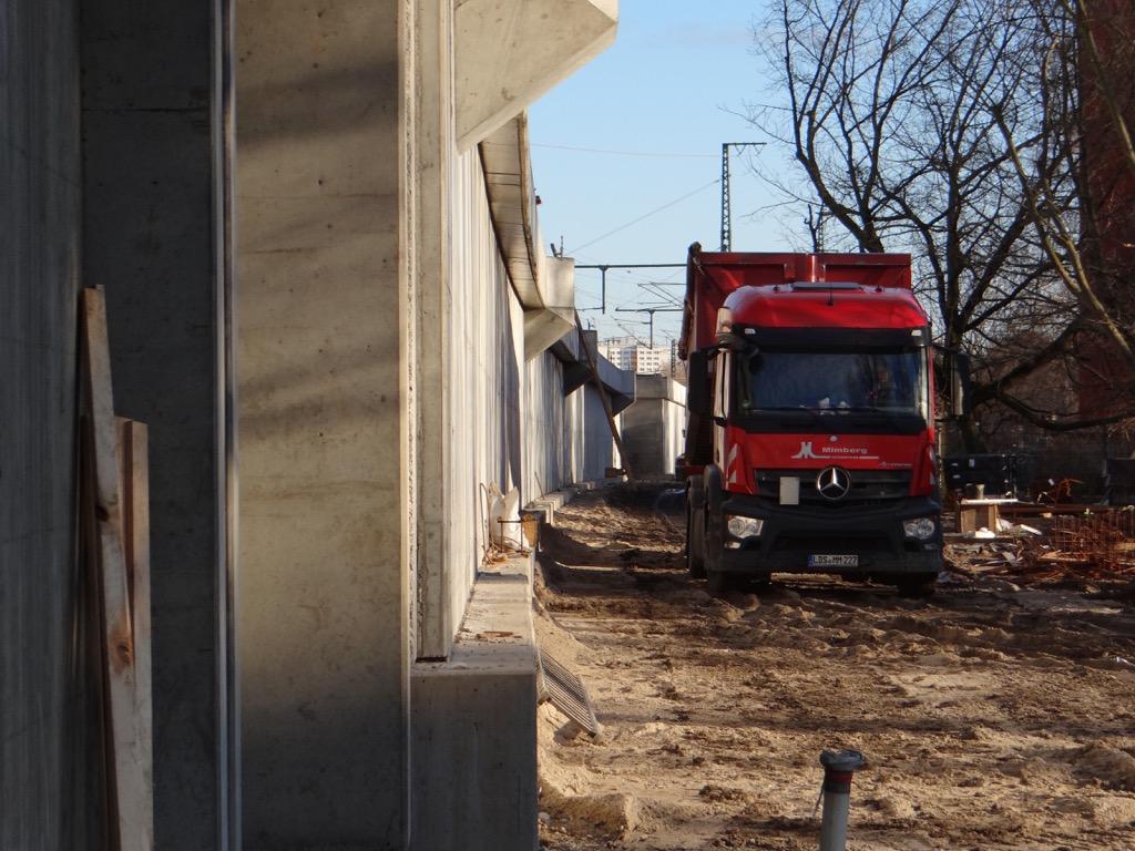 Die neue Stützwand in Rummelsburg