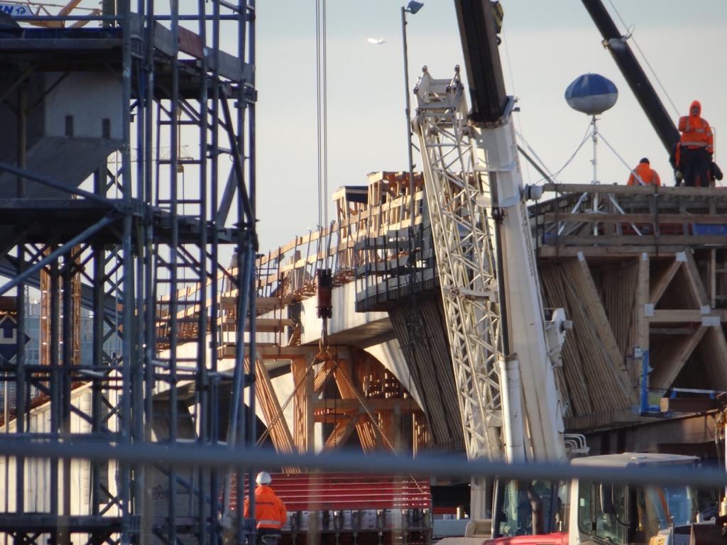 Betonbogenbrücke im Detail