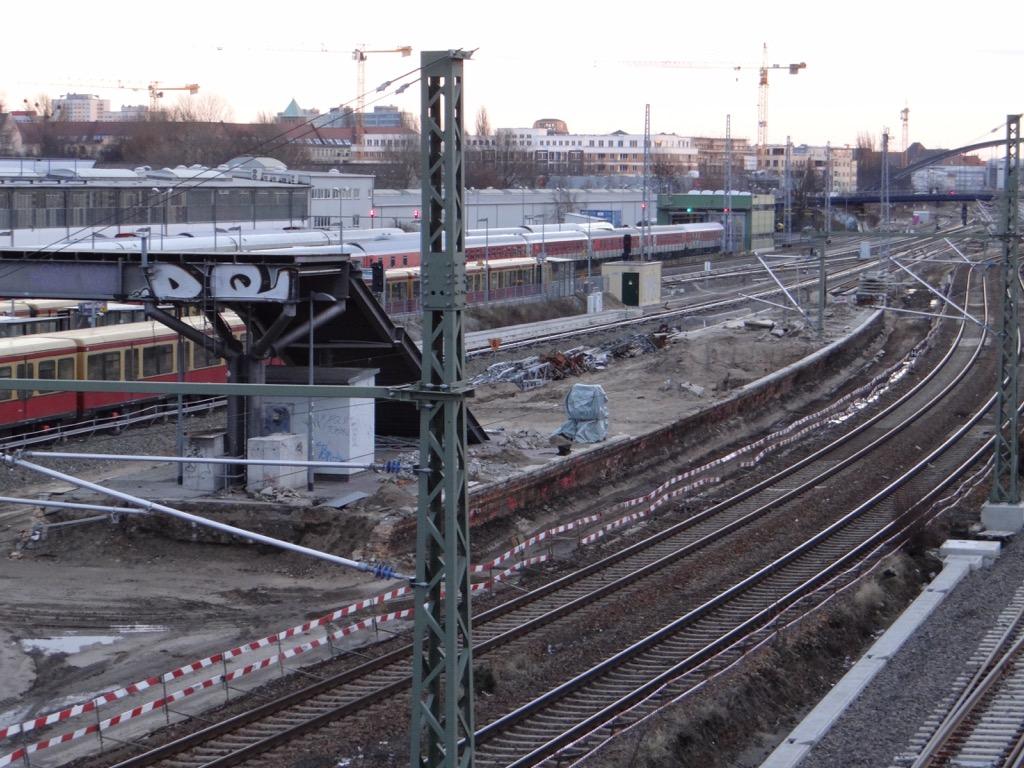 Bahnsteig A Warschauer Straße