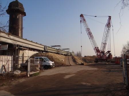 Erweiterung der Stahlbrücke