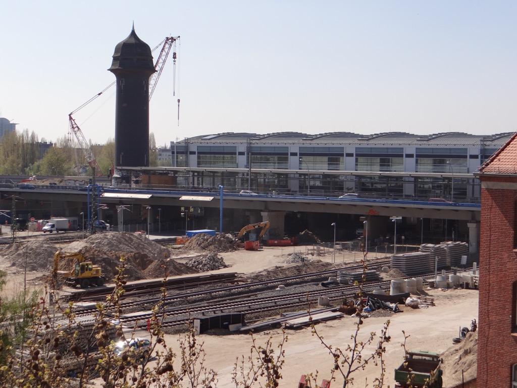 Blick auf die Ringbahnhalle am Ostkreuz